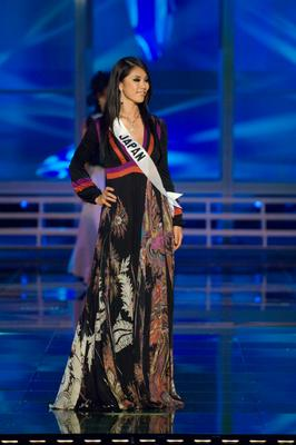 Miss Japan Riyo Mori in evening gown