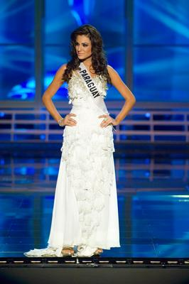 Miss Paraguay Maria Jose Madonaldo Gomez in evening gown