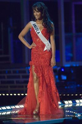 Miss Angola Micaela Reis in evening gown