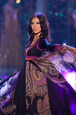 Miss Universe 2007 Riyo Mori in evening gown